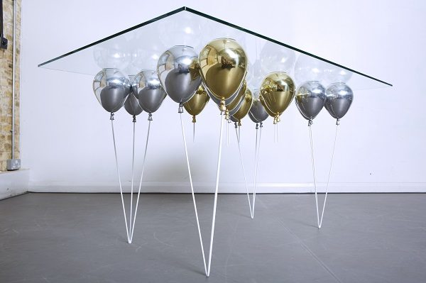 Up Balloon Dining Table_mixed_02