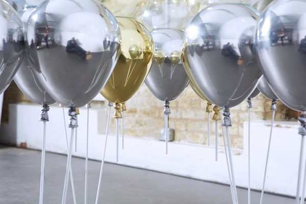 Up Balloon Dining Table_mixed_06