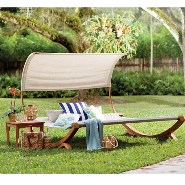 Naia Daybed1