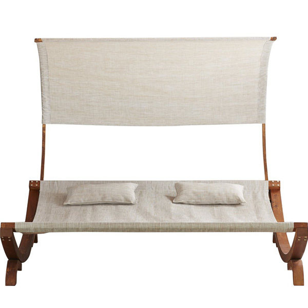 Naia Daybed5